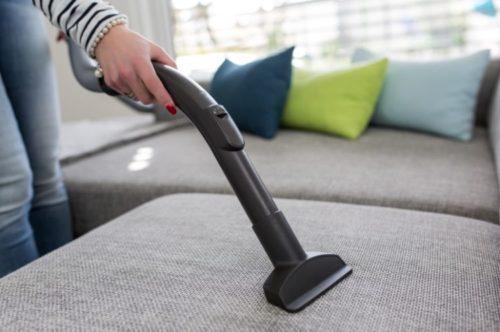 ソファやベッドの掃除にセスキ炭酸ソーダ