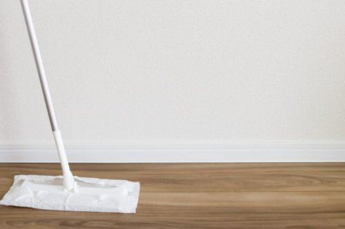 掃除用具は手に届くところに置く