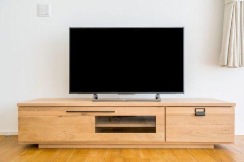 リビングのテレビの掃除