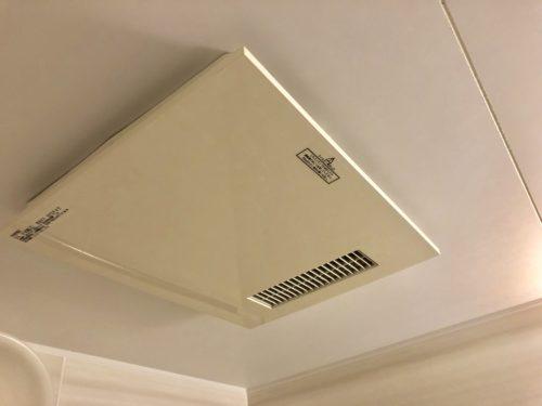 天井と換気扇