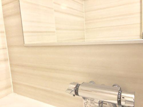 お風呂の鏡と蛇口の掃除