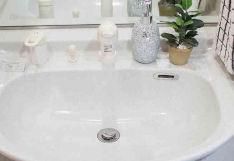 洗面台の汚れ