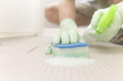 浴槽と床の掃除