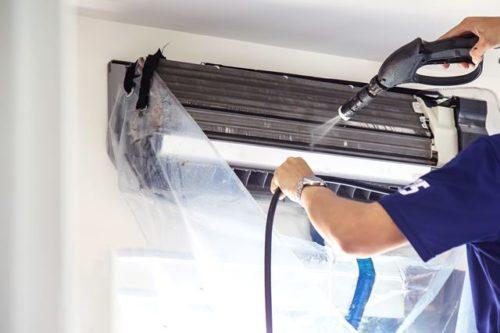 エアコンの掃除はプロに任せるのが1番