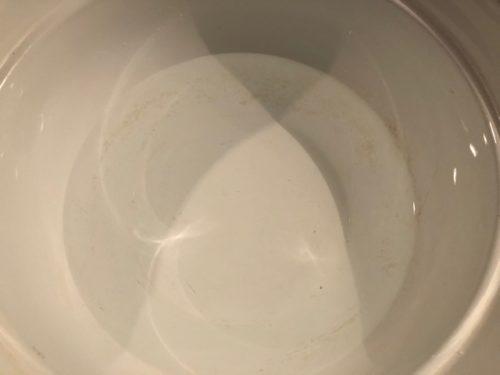 鍋の内側の焦げ