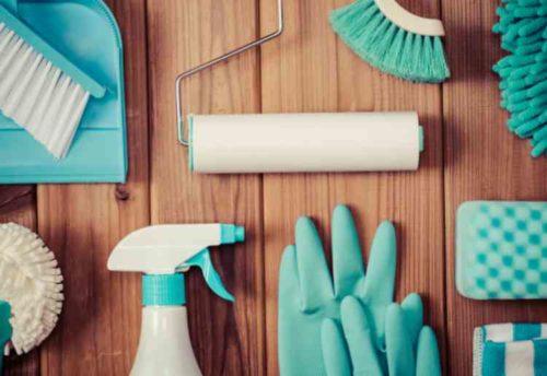 ベランダを定期的に掃除する
