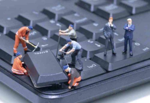 取り外せるキーボードの掃除