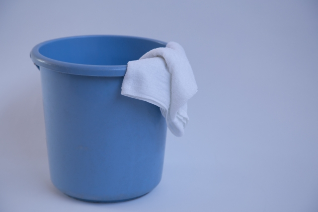 カーペットは水拭きで消臭