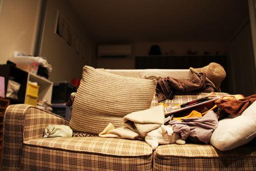部屋が散らかる=太る傾向