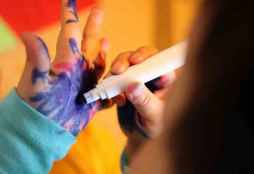 顔や手など皮膚に付いた油性ペンの落とし方