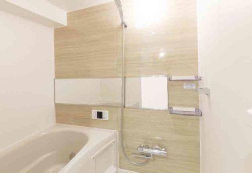 お風呂のピンク汚れを簡単に落とす方法と予防策