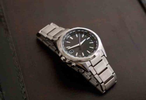 金属ベルトの腕時計クリーニング方法