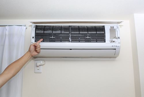 エアコンのカビを防ぐ方法