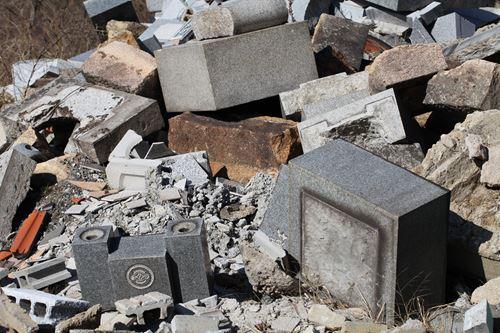 処分に困る物もゴミ屋敷業者に任せられる