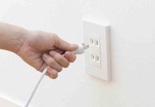電源プラグやコードの掃除