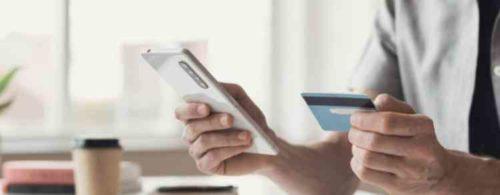 クレジットカード決済が多い
