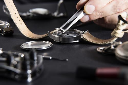 腕時計クリーニングはプロに任せる!