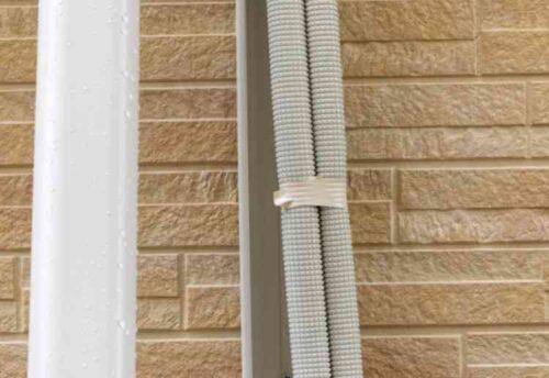 エアコンの配管やドレンホース