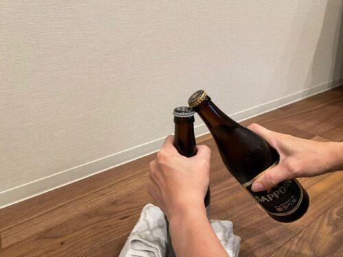 栓抜き代用:瓶と瓶